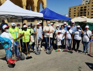 صور من مشاركة العمال المهاجرين والاتحاد الوطني في عملية ازالة الركام من بيروت